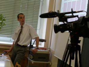 RNDr. Peter Krupka před kamerou