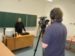 natáčení úvodního představení hodiny